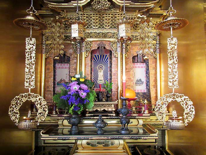 妙蓮寺の荘厳